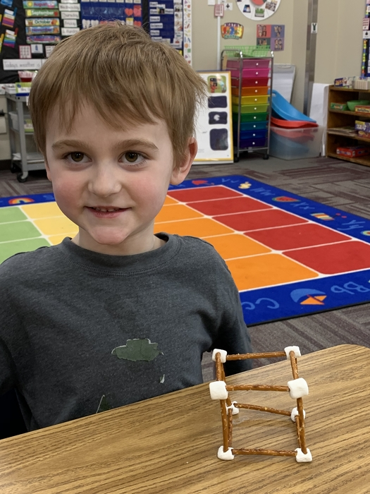 Boen was very quick at constructing his cube. Great job Boen!